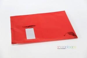 rot opak C4 Snooploop Folienumschlag mit Fenster