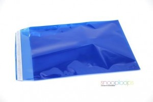 blau transluzent C4 Snooploop Folienumschlag