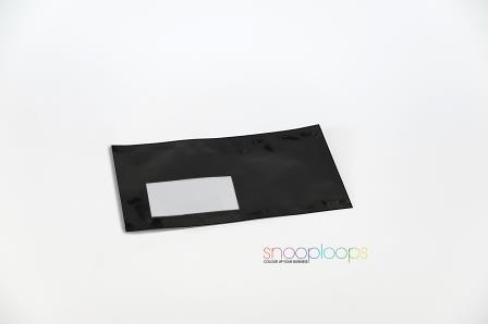 fenster schwarz in modernen bro kopie raum blick aus dem fenster schwarz sthle with fenster. Black Bedroom Furniture Sets. Home Design Ideas